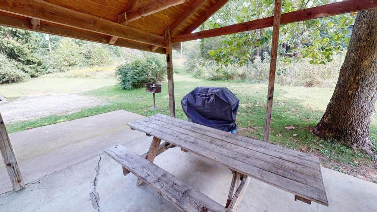 Red Oak Cabin Hocking Hills
