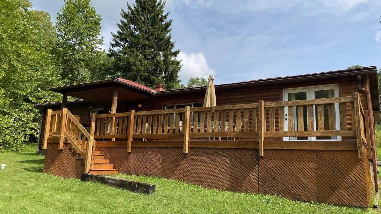 Red Oak Cabin